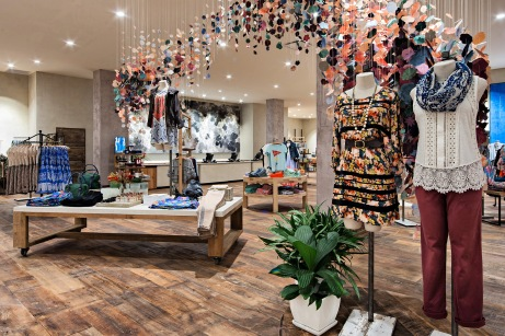 retail-interiors-photography-montreal-anthropologie-clothing-store-03